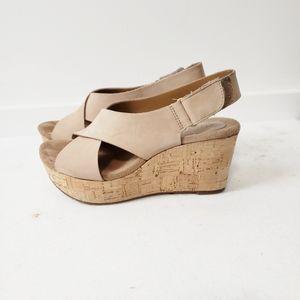 Clark's Caslynn Shae Wedge Sandals Size 5.5